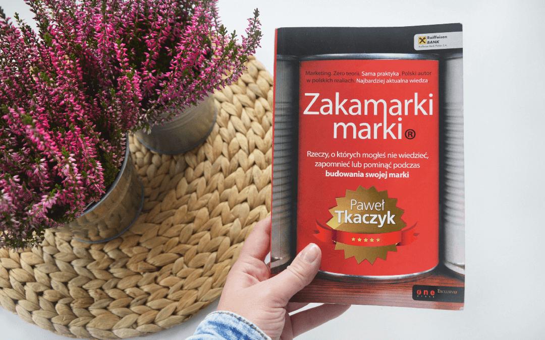 Zdjęcie książki Zakamarrki marki Pawła Tkaczyka.
